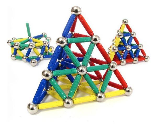 Магнитный конструктор игруша