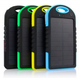 подзарядка универсальная на солнечных батареях